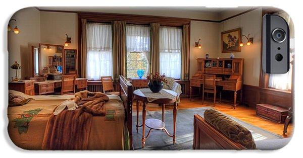 Bedroom Glensheen Mansion Duluth IPhone 6s Case by Amanda Stadther