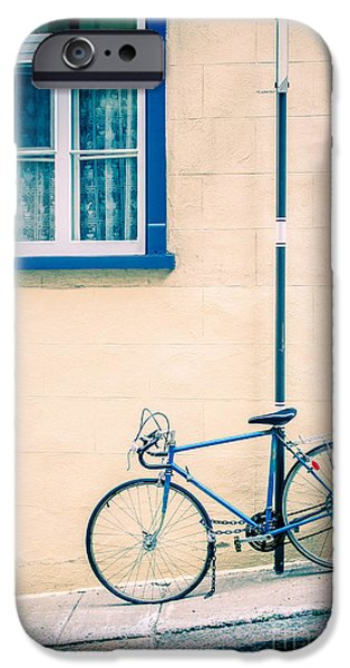 Bicycle iPhone 6s Case - Bicycle On The Streets Of Old Quebec City by Edward Fielding