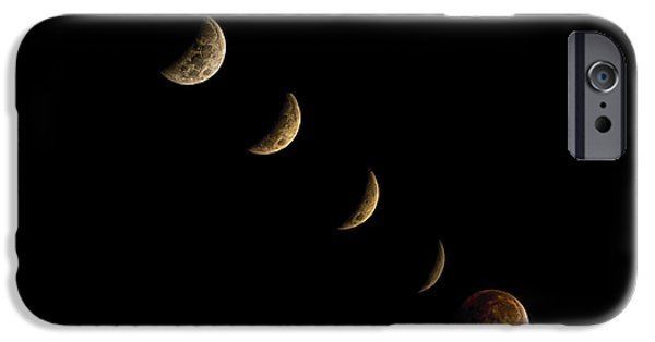 Blood Moon IPhone 6s Case by James Dean