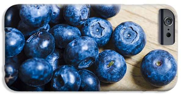 Blue Berry iPhone 6s Case - Blue Berries  by Jorgo Photography - Wall Art Gallery