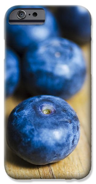 Blue Berry iPhone 6s Case - Blueberry Macro by Jorgo Photography - Wall Art Gallery