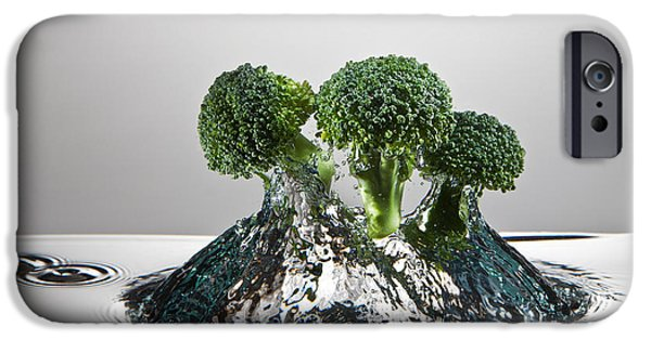 Broccoli Freshsplash IPhone 6s Case by Steve Gadomski