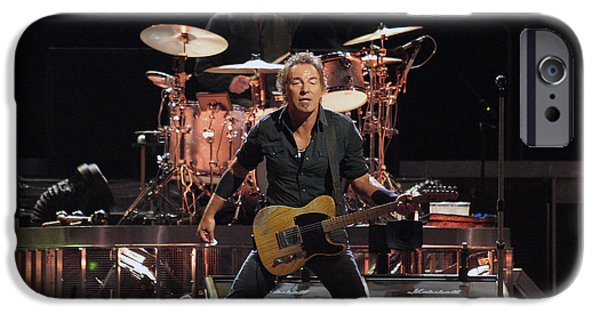 Bruce Springsteen In Concert IPhone 6s Case by Georgia Fowler