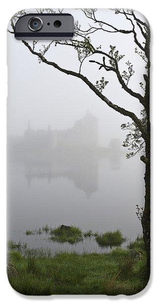 Castle Kilchurn Tree IPhone 6s Case by Gary Eason
