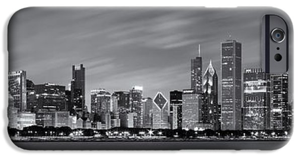 Chicago Skyline At Night Black And White Panoramic IPhone 6s Case