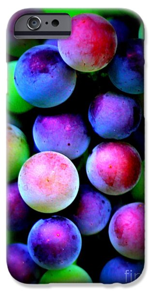 Colorful Grapes - Digital Art IPhone 6s Case by Carol Groenen