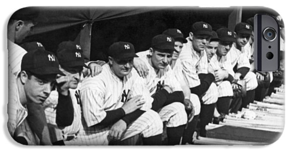 Dimaggio In Yankee Dugout IPhone 6s Case by Underwood Archives