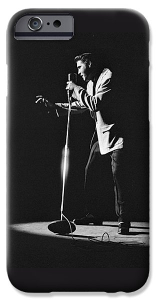 Elvis Presley On Stage In Detroit 1956 IPhone 6s Case by The Harrington Collection