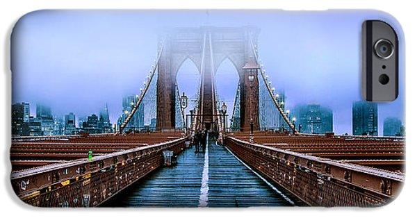 Brooklyn Bridge iPhone 6s Case - Fog Over The Brooklyn by Az Jackson