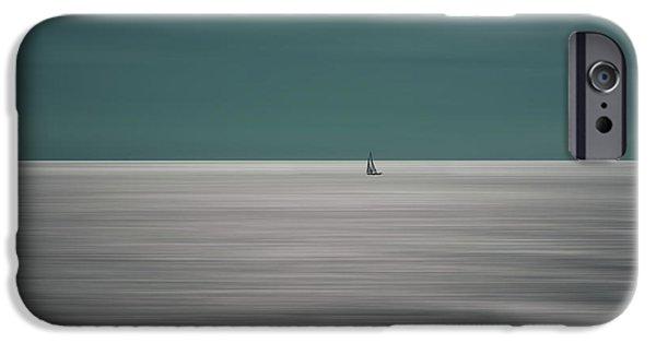 Teal iPhone 6s Case - Going For The Horizon by Bernardine De Laat
