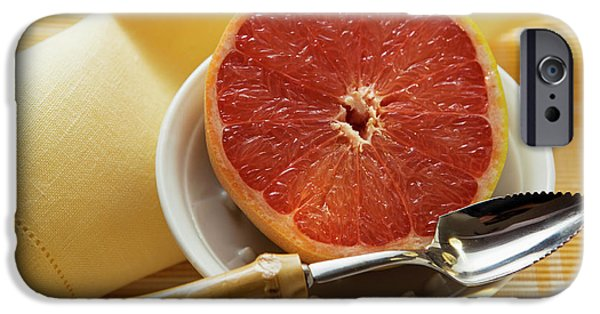 Grapefruit Half With Grapefruit Spoon In A Bowl IPhone 6s Case