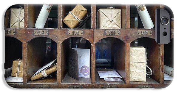 Hogsmeade Owl Post Office IPhone 6s Case