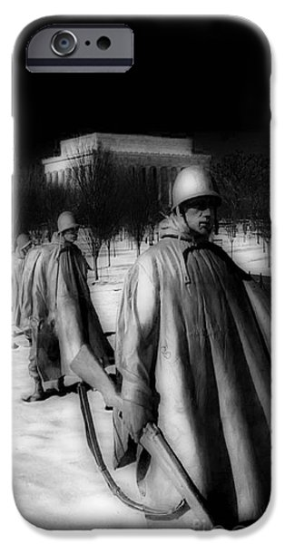 Whitehouse iPhone 6s Case - Korean Memorial by Skip Willits