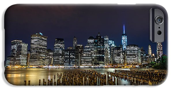 Manhattan Skyline - New York - Usa IPhone 6s Case by Larry Marshall