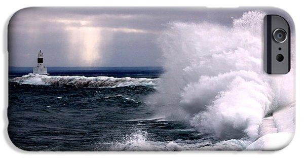 Marquette iPhone 6s Case - Marquette Michigan Wave by John McGraw