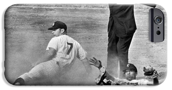 Baseball iPhone 6s Case - Mickey Mantle Steals Second by Underwood Archives
