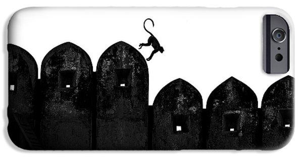 Castle iPhone 6s Case - Monkey by Yasemin Bakan
