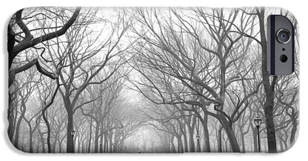 New York City - Poets Walk Central Park IPhone 6s Case