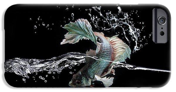 Aquarium iPhone 6s Case - Splash by Shikhei Goh