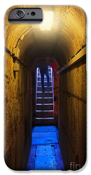Dungeon iPhone 6s Case - Tunnel Exit by Carlos Caetano
