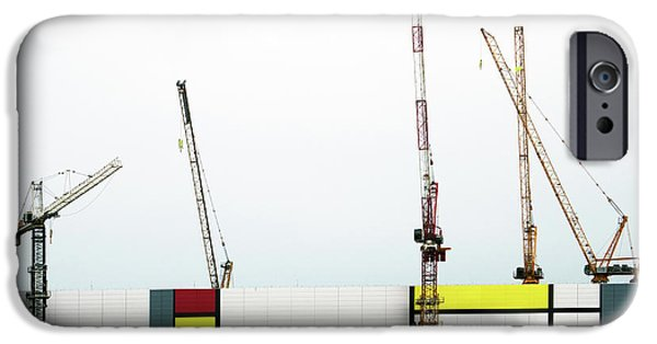 Crane iPhone 6s Case - Under Construction by Donghee, Han