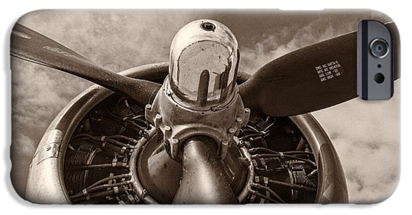 Vintage B-17 IPhone 6s Case