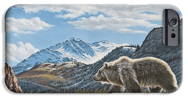 Walking The Ridge - Grizzly IPhone 6s Case