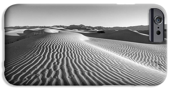 Waves In The Distance IPhone 6s Case by Jon Glaser