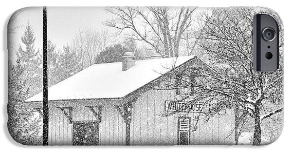Whitehouse iPhone 6s Case - Whitehouse Train Station by Jack Schultz