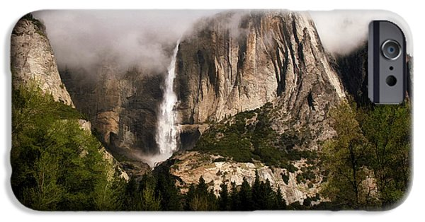 Yosemite Valley View IPhone 6s Case