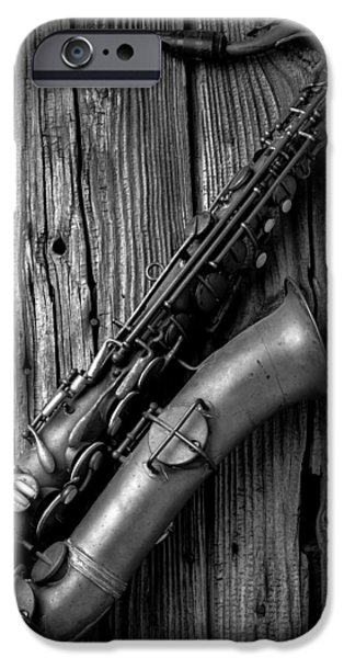 Saxophone iPhone 6s Case - Old Sax by Garry Gay