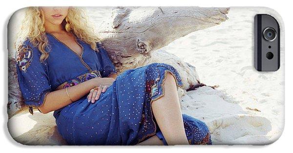 Shakira iPhone 6s Case - Shakira by Barbara Elvins