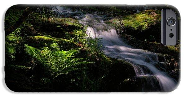 Lynn Mill Waterfalls IPhone 6s Case