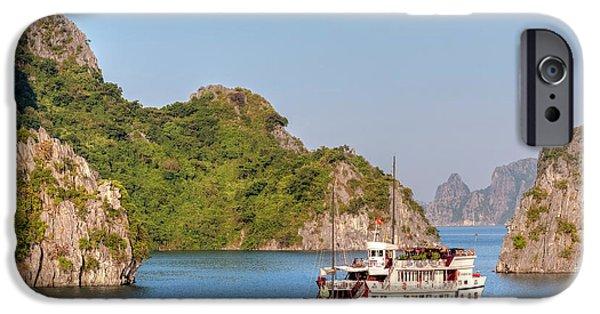 Cruise Ship iPhone 6s Case - Halong Bay - Vietnam by Joana Kruse