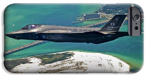 An F-35 Lightning II Flies Over Destin IPhone 6s Case