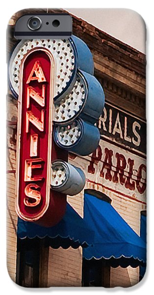 Annies U Of M IPhone 6s Case by Susan Stone