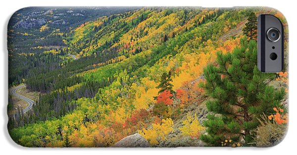 Autumn On Bierstadt Trail IPhone 6s Case by David Chandler