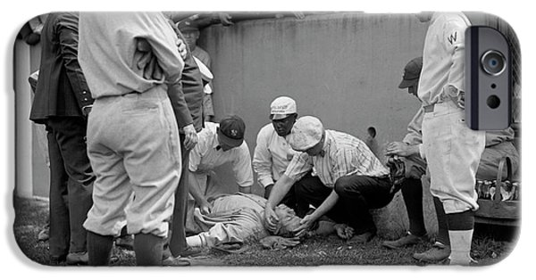 Babe Ruth Knocked Out By A Wild Pitch IPhone 6s Case
