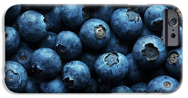 Blue Berry iPhone 6s Case - Blueberries Background Close-up by Johan Swanepoel