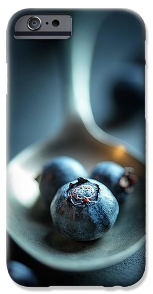 Blue Berry iPhone 6s Case - Blueberries Macro Still Life by Johan Swanepoel
