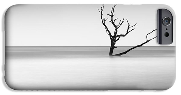 Bull iPhone 6s Case - Boneyard Beach I by Ivo Kerssemakers