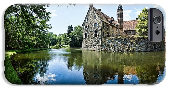 Castle iPhone 6s Case - Burg Vischering by Dave Bowman