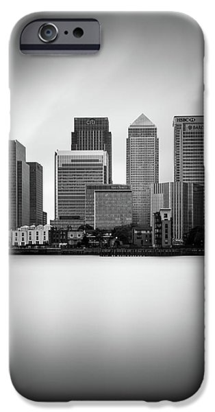 Canary iPhone 6s Case - Canary Wharf II, London by Ivo Kerssemakers