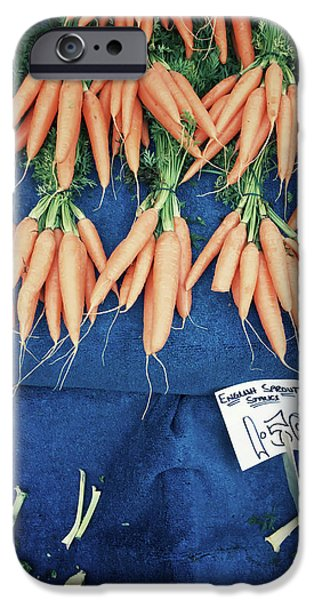 Carrots At The Market IPhone 6s Case by Tom Gowanlock