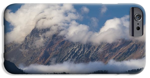 IPhone 6s Case featuring the photograph Cascade Mountains by Yulia Kazansky