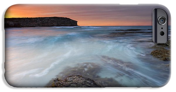 Kangaroo iPhone 6s Case - Divided Tides by Mike  Dawson