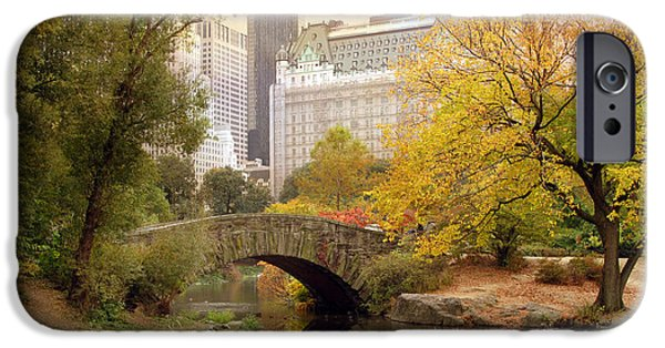 Gapstow Bridge Reflections IPhone 6s Case by Jessica Jenney