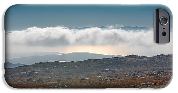 IPhone 6s Case featuring the photograph Kingdom In The Sky by Gary Eason