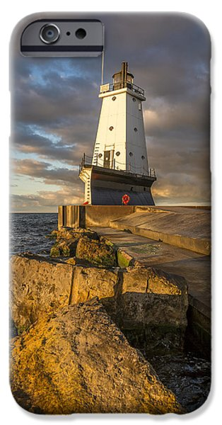 Marquette iPhone 6s Case - Ludington North Breakwater Lighthouse At Sunrise by Adam Romanowicz