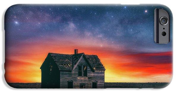 Marquette iPhone 6s Case - Marquette Magic by Darren White